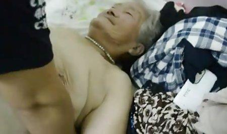 丰满的网络摄像头荡妇得到肛门性交为令牌