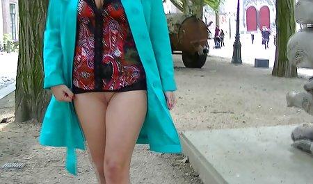 大山雀安吉拉裸体户外