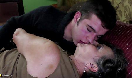 管同性恋视频旧免费的和成熟的年轻性别的照片